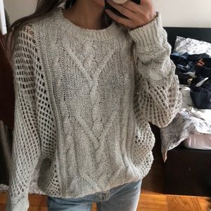 Crotchet light gray sweater